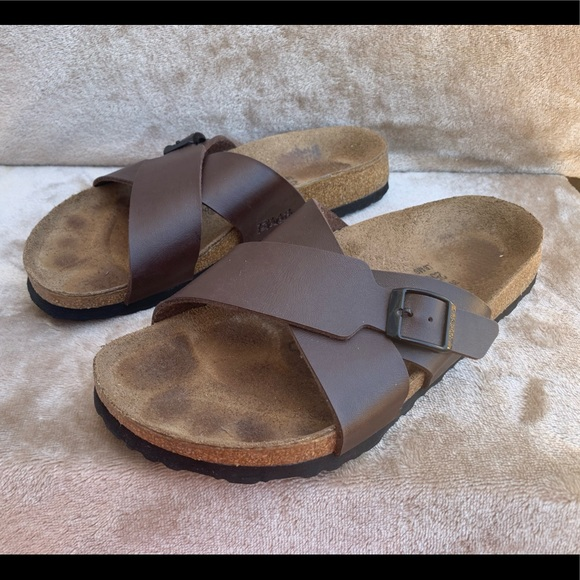 0e4dbb2edd Birkis Birkenstock Shoes | Sandals 39 Womens 8 Mens 6 | Poshmark
